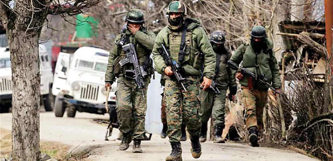 जम्मु काश्मीरमा सुरक्षाकर्मीद्वारा दुई आतंककारी मारिए, एकजना पक्राउ