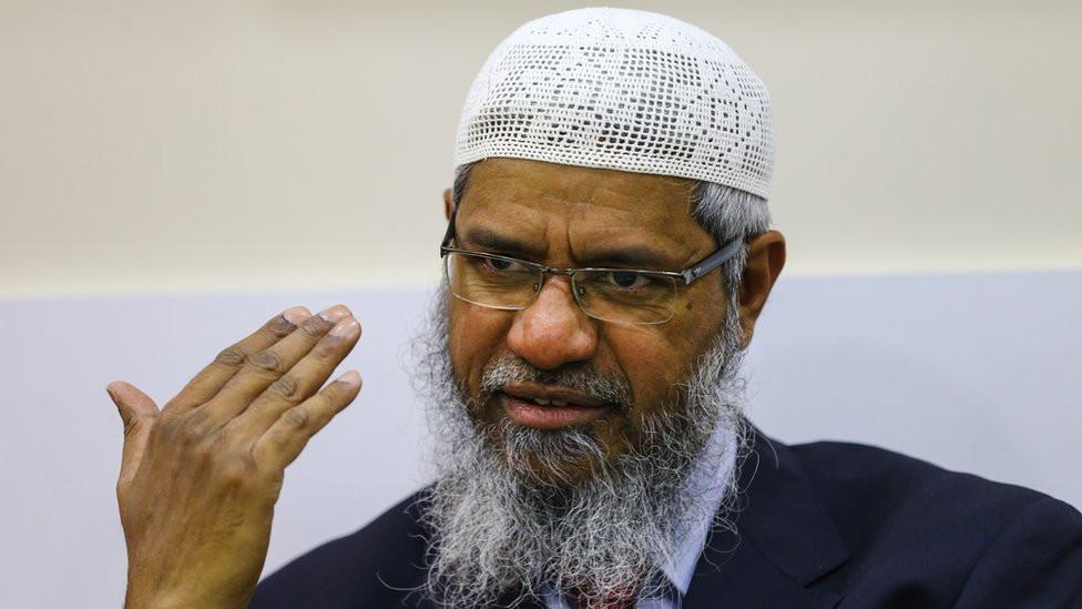 पाकिस्तानमा मन्दिरमा भएको आगजनीको घटनाको इस्लामिक धर्मगुरु नाईकले गरे समर्थन