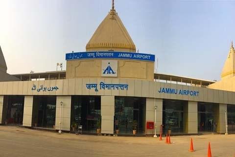 भारतको जम्मु विमानस्थलमा दुई शक्तिशाली विस्फोट