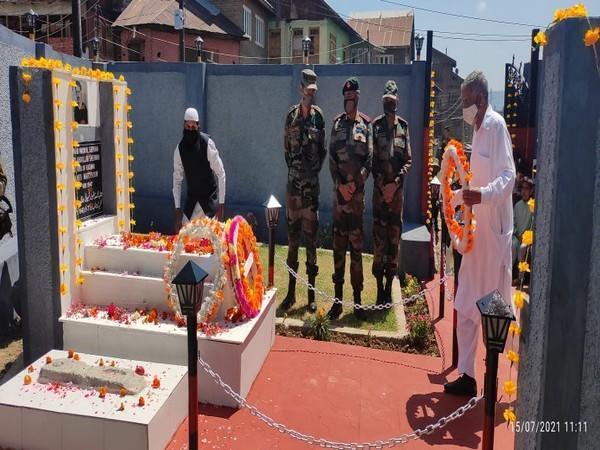 भारतीय सेनाद्वारा जनाव मकबुल शेरवानीप्रति श्रद्धाञ्जली अपर्ण