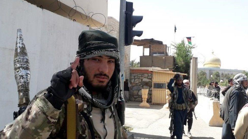 विदेशी सेना नहटेसम्म नयाँ अफगान सरकार बन्दैन : तालिबान