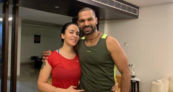 भारतीय क्रिकेटर शिखर धवन र उनकी पत्नी आयशाले गरे डिभोर्स